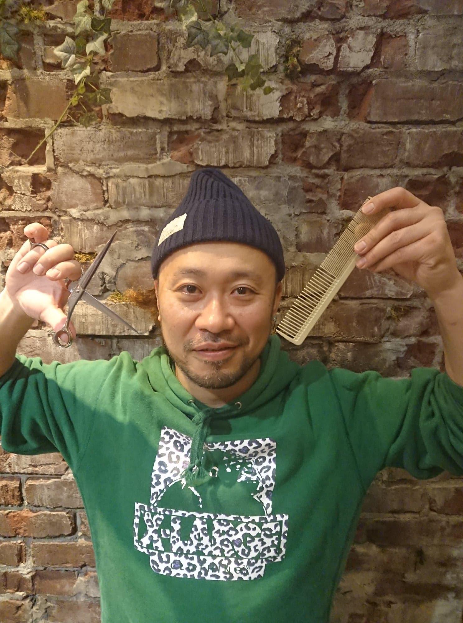 紙谷大介 美容師 久米川 八坂 美容院
